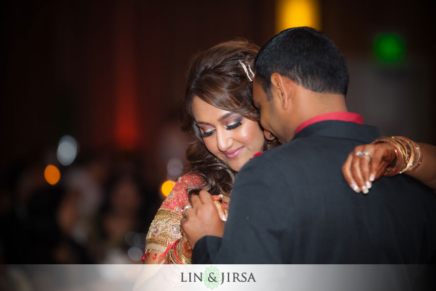 19-first-dance-indian-wedding