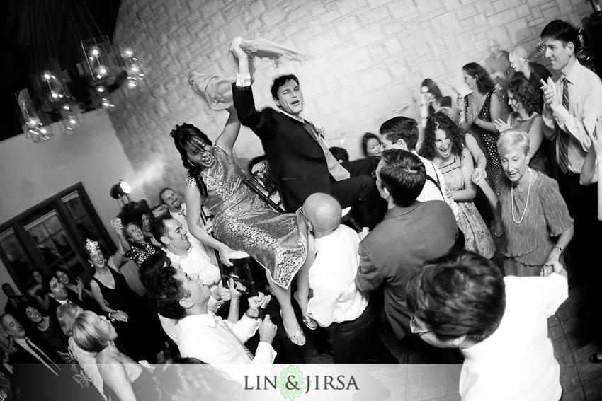 8-gaffton-Illinois-wedding-photography-lift