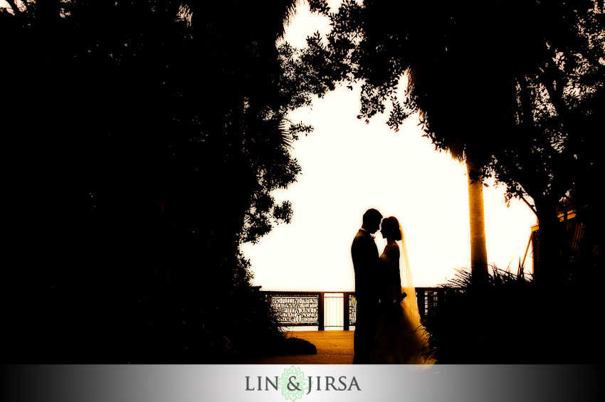 couple kissing silhouette image. beautiful silhouette shot