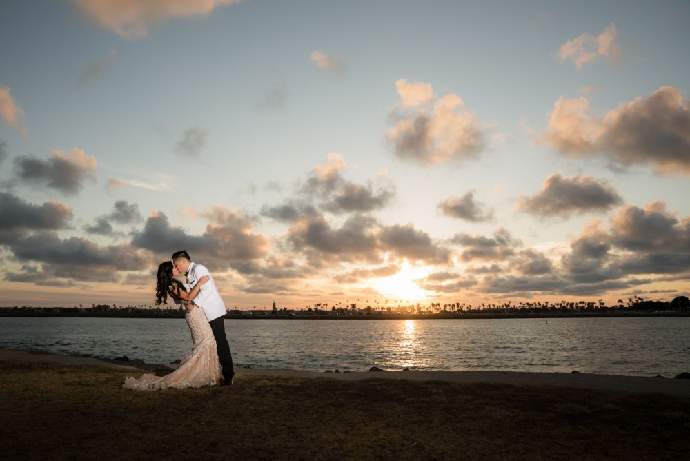 0696 JJ San Diego Hyatt Regency Wedding Photography