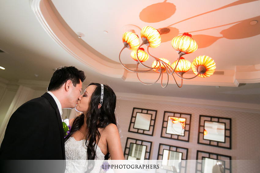 -hilton-irvine-wedding-photographer