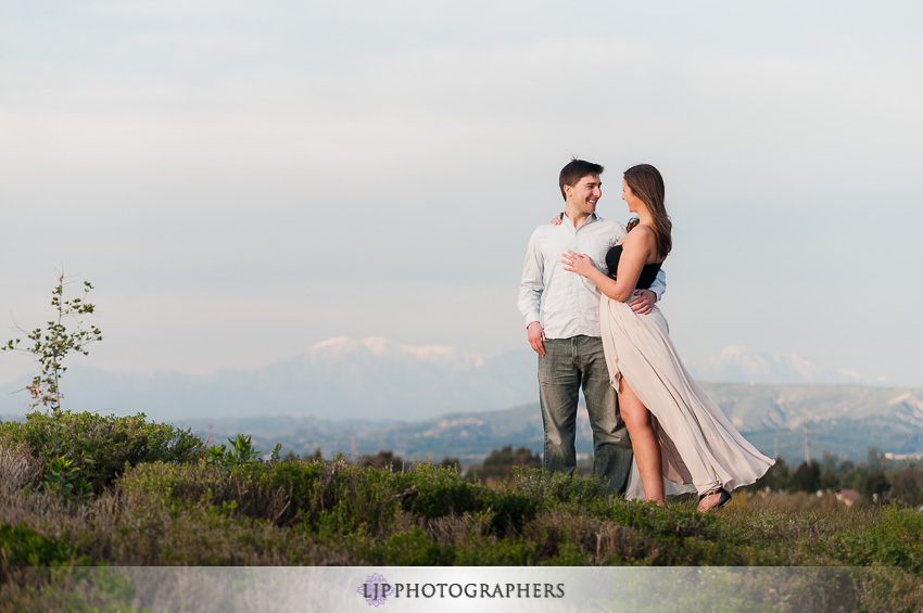 02-laguna-beach-engagement-photos