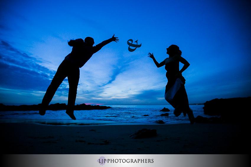 08-laguna-beach-sunset-engagement-photos