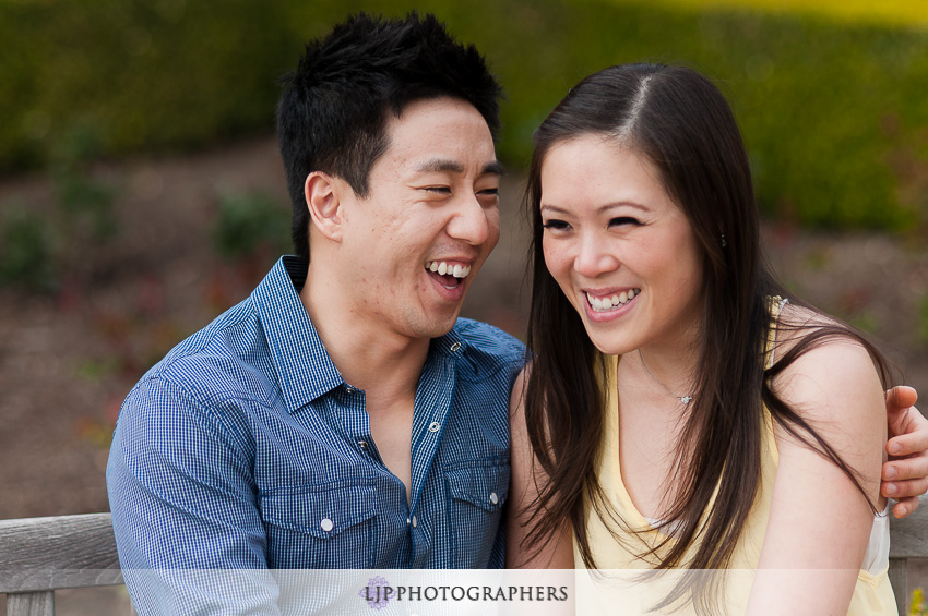 02-laguna-beach-engagement-photos