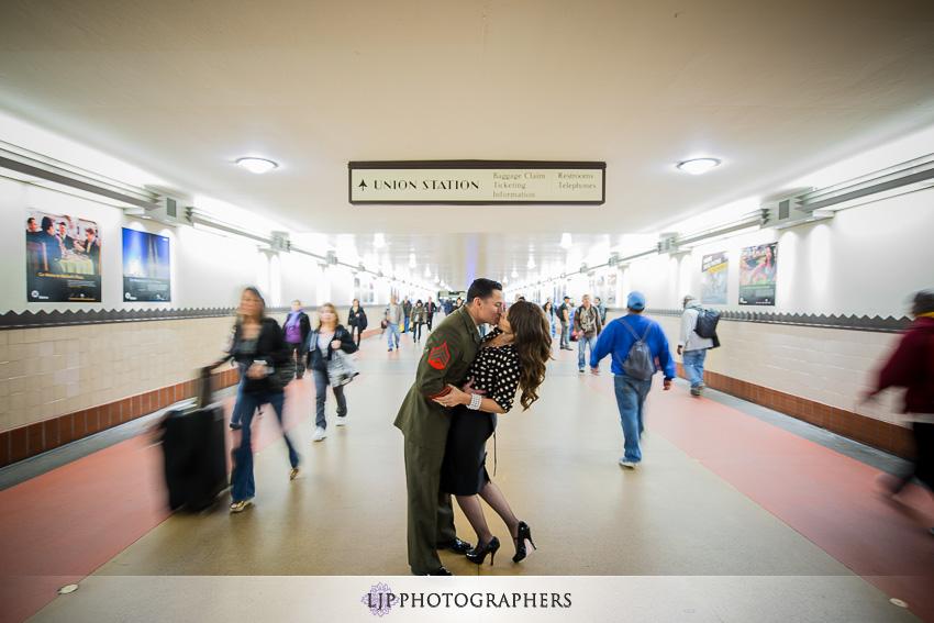 03-santa-monica-engagement-photos