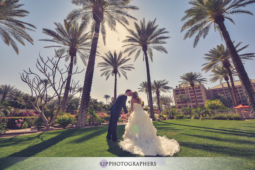 05-indian-wells-club-wedding-photographer