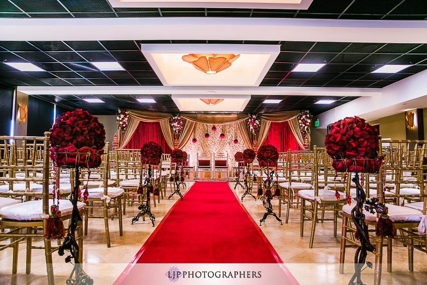 06-courtyard-by-marriott-hotel-wedding-photographer