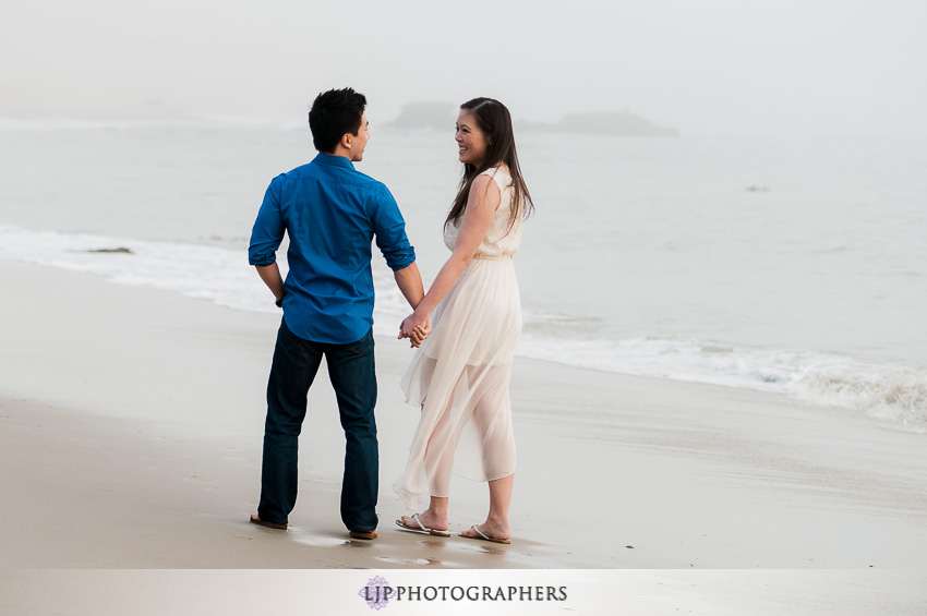06-laguna-beach-engagement-photos
