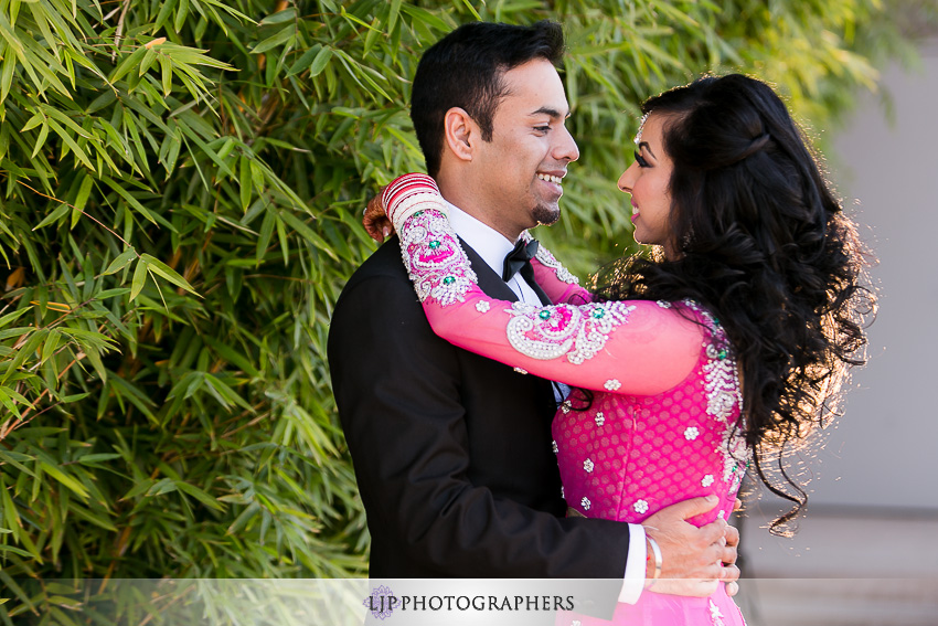 17-courtyard-by-marriott-hotel-wedding-photographer
