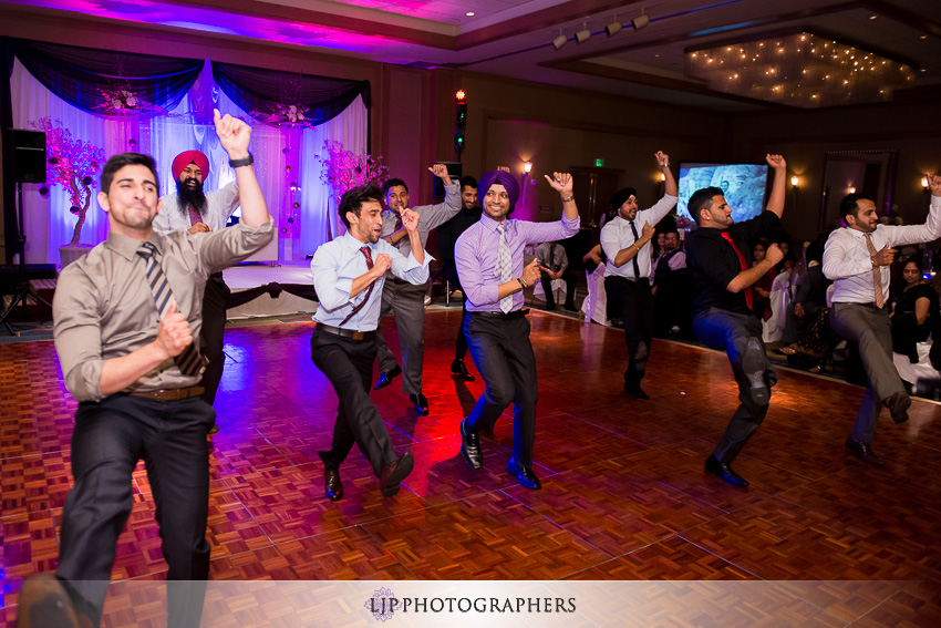 27-sheraton-cerritos-hotel-wedding-photographer