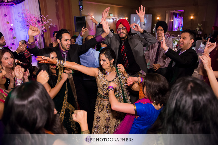 30-sheraton-cerritos-hotel-wedding-photographer