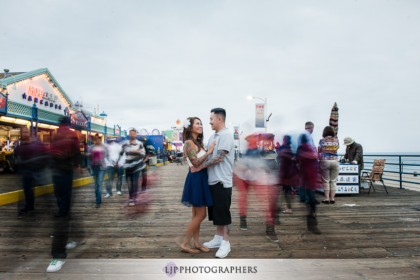 08-downtown-los-angeles-engagement-photos