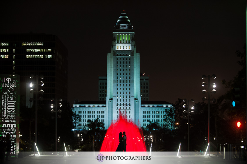 10-downtown-los-angeles-engagement-photos