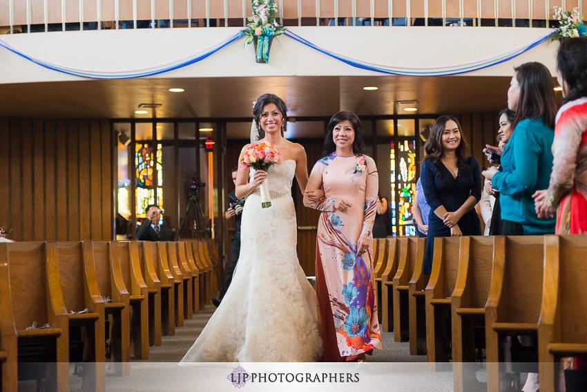 06-hilton-waterfront-huntington-beachw-wedding-photographer