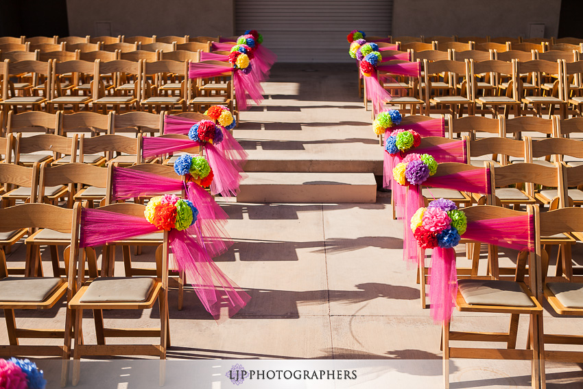 06-museum-of-latin-american-art-wedding-photographer