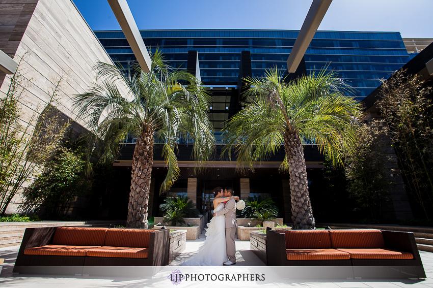 07-the-m-resort-las-vegas-wedding-photographer