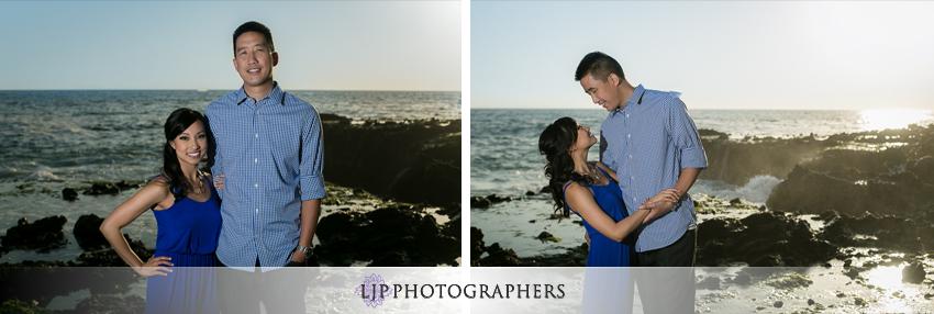 09-fun-engagement-beach-photos