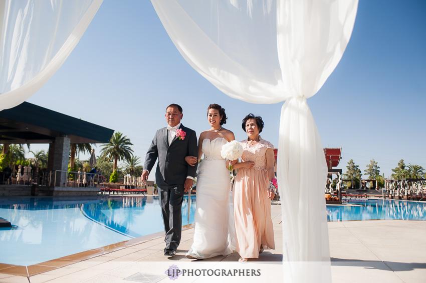 11-the-m-resort-las-vegas-wedding-photographer