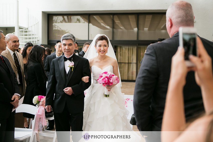 11-the-westin-south-coast-plaza-wedding-photographer