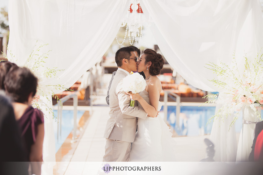 14-the-m-resort-las-vegas-wedding-photographer