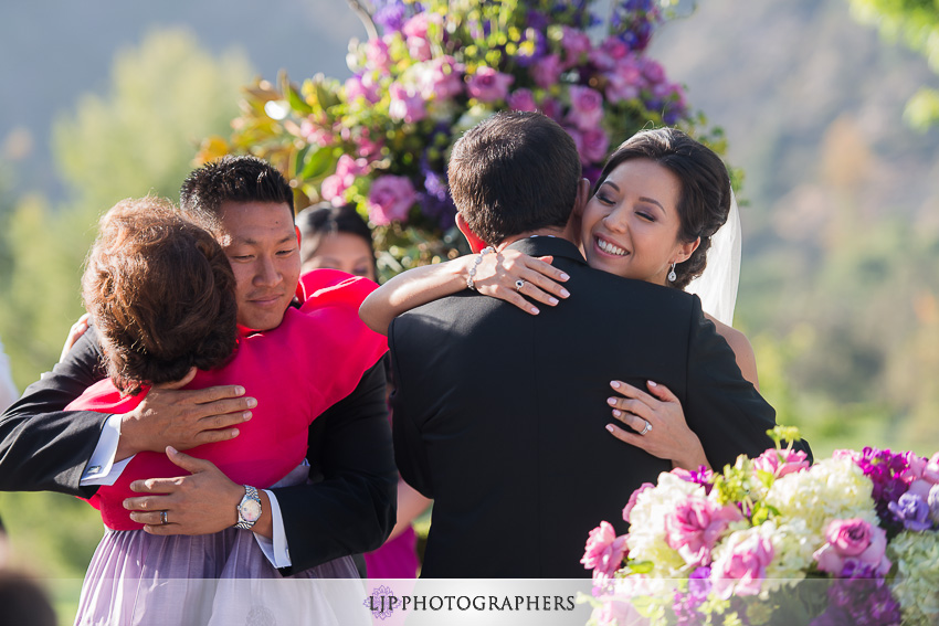 18-mountain-gate-country-club-wedding-photographer-wedding-rings