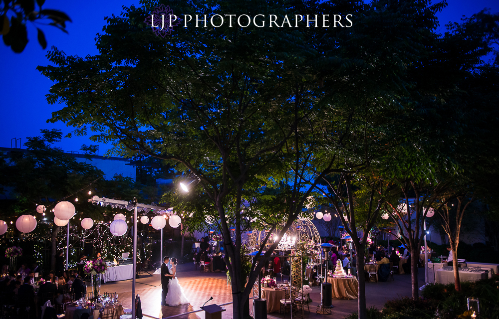 30-mountain-gate-country-club-wedding-photographer-wedding-rings