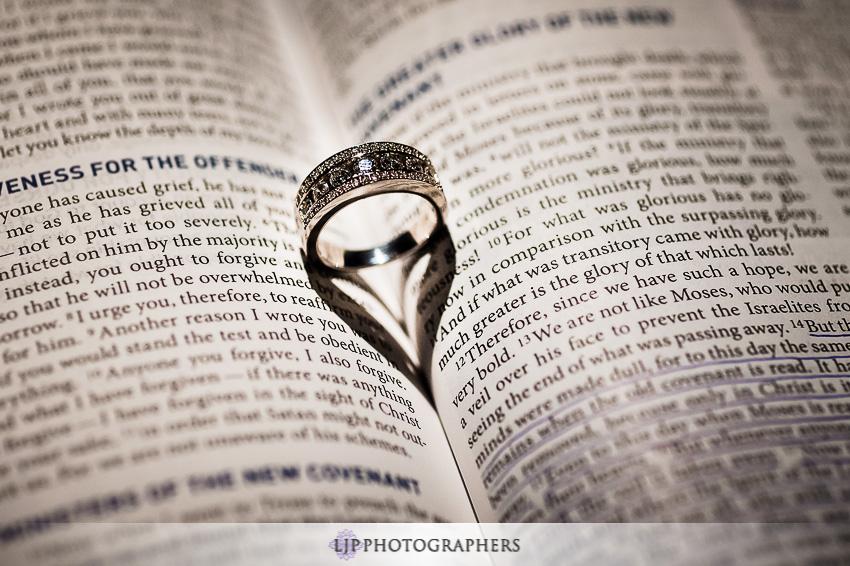 02-beach-wedding-photographer-wedding-rings