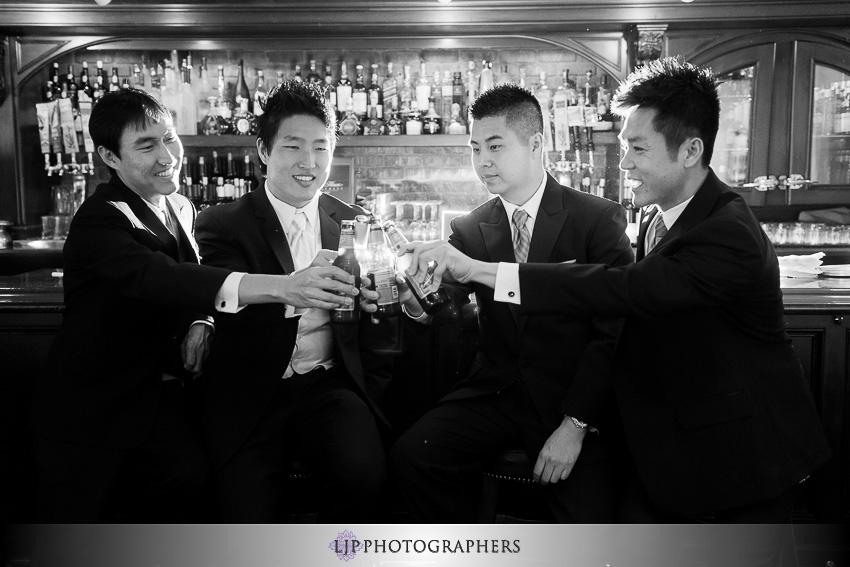 03-summit-house-fullerton-wedding-photographer-wedding-bouquet