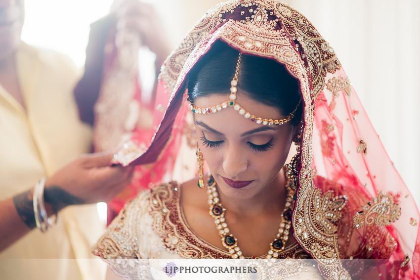 04-hyatt-huntington-beach-indian-wedding-photographer-mandap