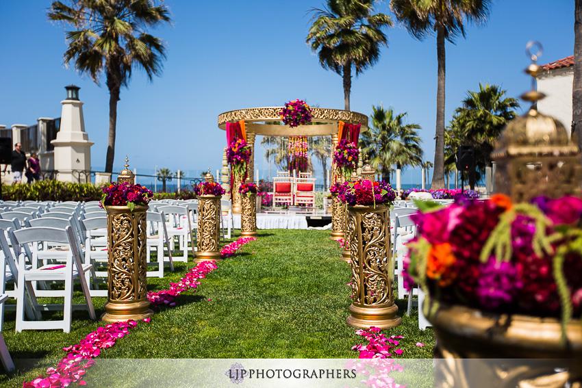 07-hyatt-huntington-beach-indian-wedding-photographer-mandap