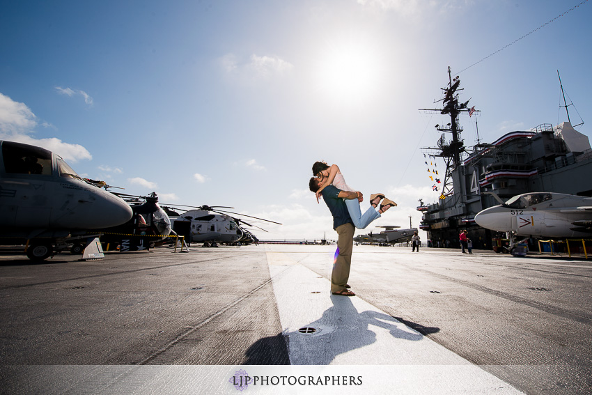 08-ND-San-Diego-Midway-Engagement-Photos