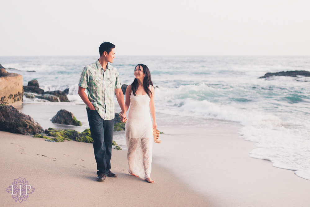 08-romantic-engagement-photos