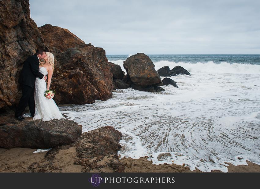 09-beach-wedding-photographer-couple-session