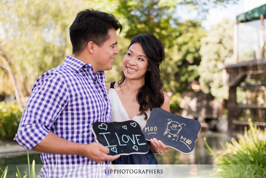 13-ND-San-Diego-Midway-Engagement-Photos