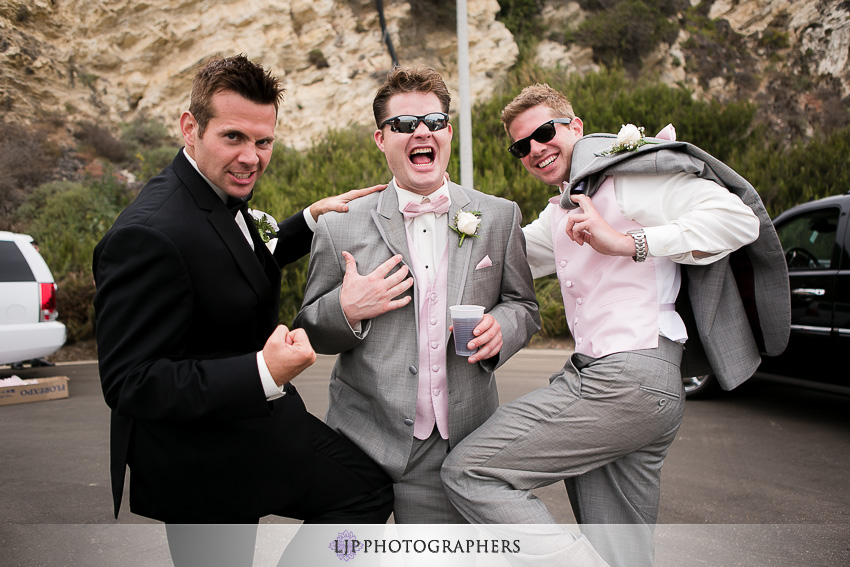 17-beach-wedding-photographer-wedding-decor