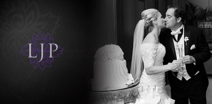 19-mission-basilica-san-juan-capistrano-wedding-photographer-wedding-dress