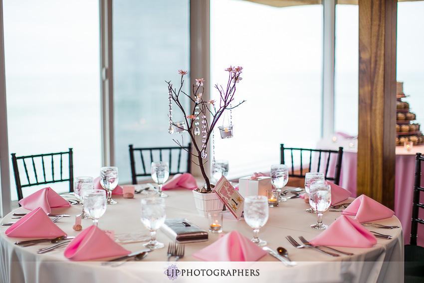 20-beach-wedding-photographer-wedding-decor