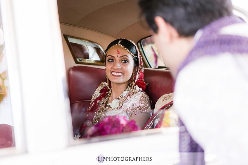 20-hyatt-huntington-beach-indian-wedding-photographer-mandap