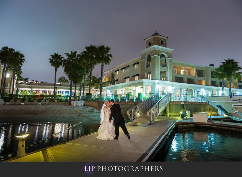 21-mission-basilica-san-juan-capistrano-wedding-photographer-wedding-dress