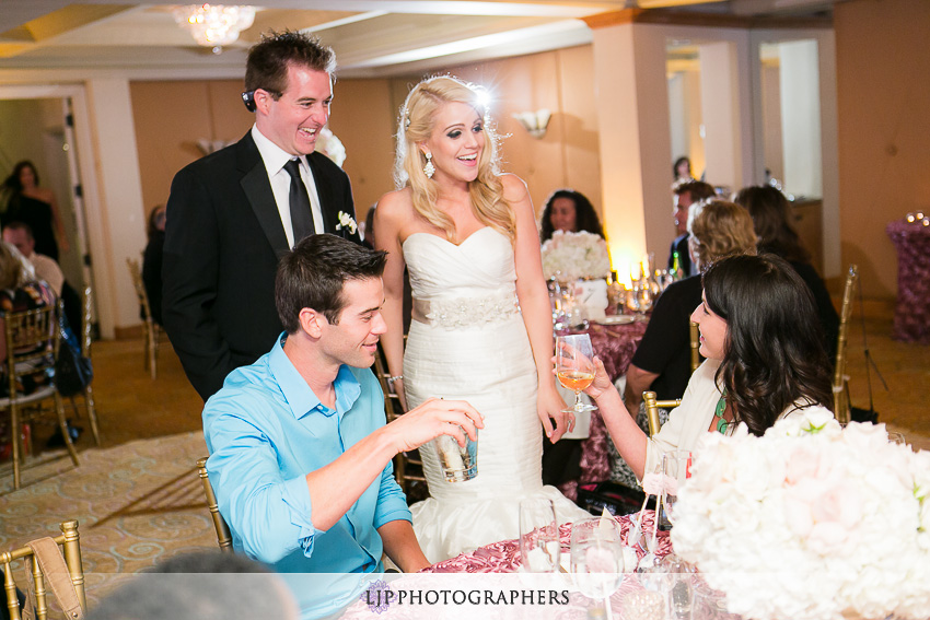 22-la-valencia-la-jolla-wedding-photographer