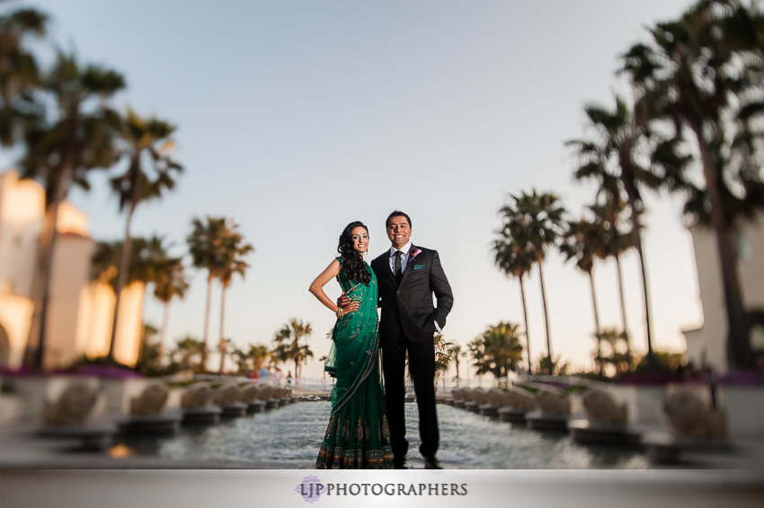24-hyatt-huntington-beach-indian-wedding-photographer-mandap