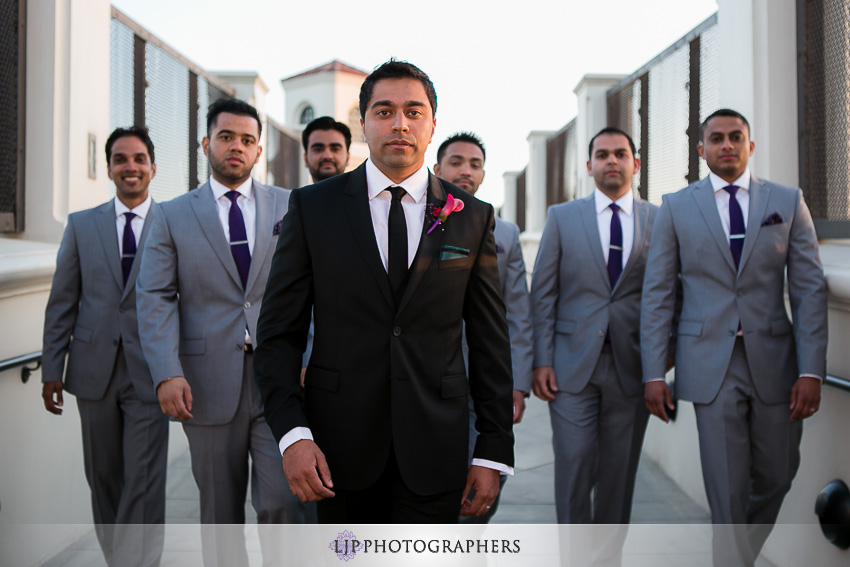 25-hyatt-huntington-beach-indian-wedding-photographer-mandap