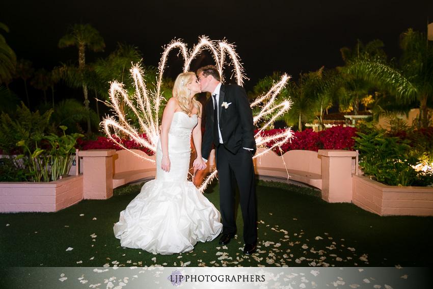 26-la-valencia-la-jolla-wedding-photographer