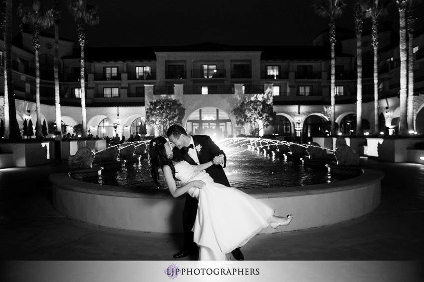 29-hyatt-huntington-beach-wedding-photographer