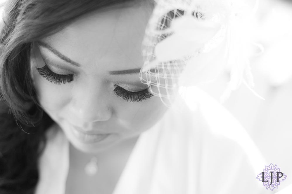 02-summit-house-fullerton-wedding-photographer-bride-getting-ready