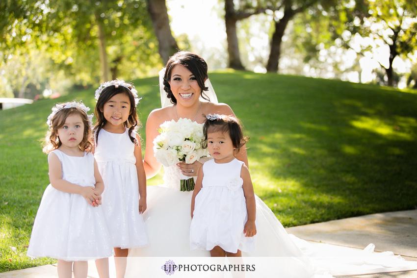 04-summit-fullerton-wedding-photographer-bride-with-flower-girls