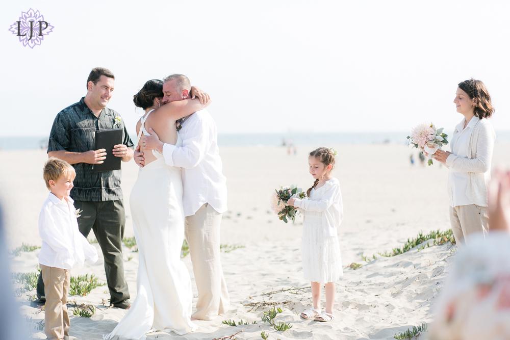 06-seal-beach-wedding-photographer