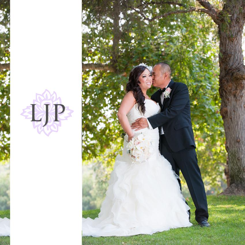 06-summit-house-fullerton-wedding-photographer-couple-session