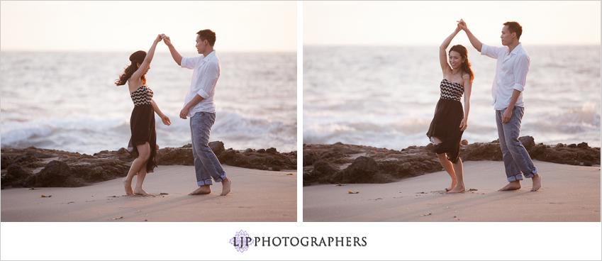 07-beautiful-sunset-engagement-photos