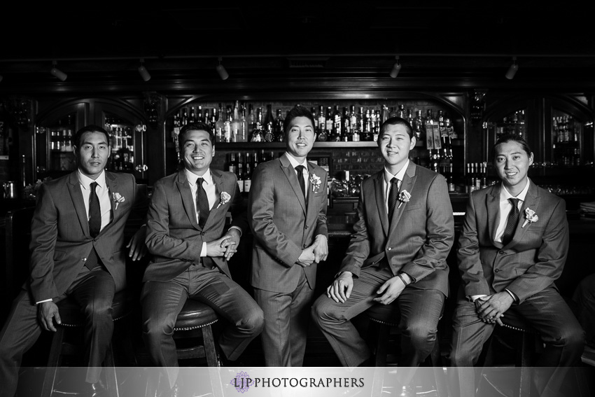 07-summit-fullerton-wedding-photographer-groom-and-groomsmen